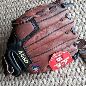 Wilson A450 Youth Baseball Glove Ages 5-7